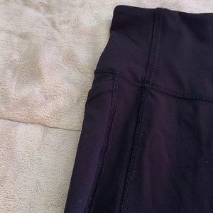 lululemon athletica Pants - Lululemon crop pant PERFECT CONDITION